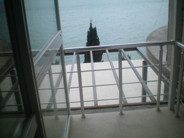119- TWO BEDROOM RENTAL FLAT IN YALTA